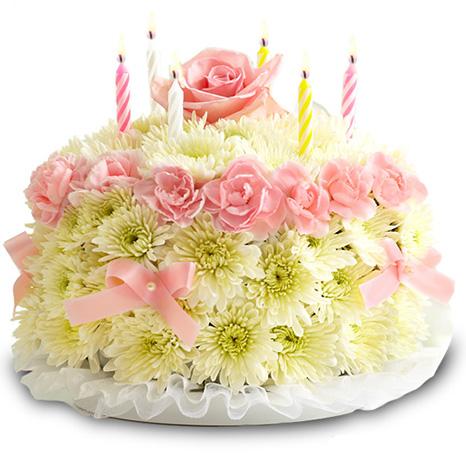 """""""День Рождения"""". Фигура торта из живых цветов"""